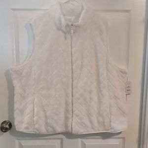 Time and try white vest nwt